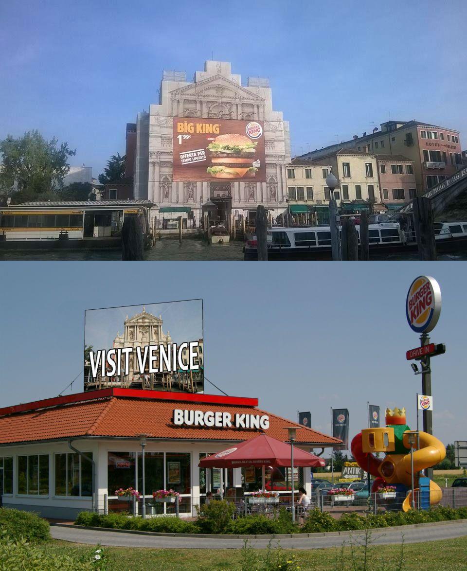 HAUT: une église de Venise avec une publicité de Burger King BAS: un Burger King avec une publicité d'église à Venise